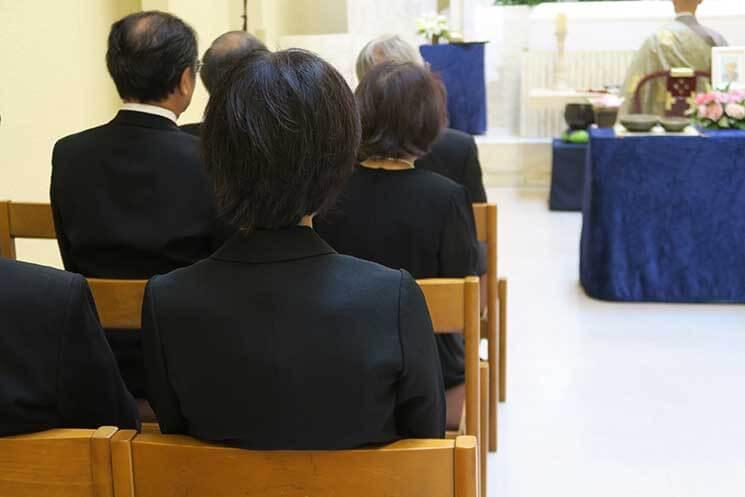 通夜・葬儀の髪型マナー(男性向け・女性向け)